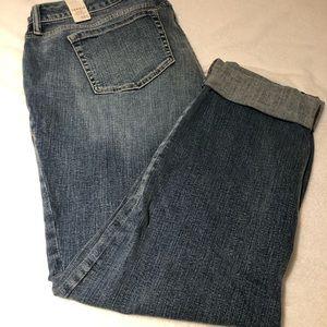 NWT Torrid Light Wash Boyfriend Jeans Size 18S